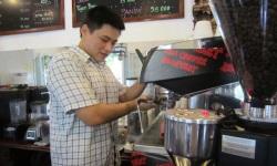 Chàng trai Đà Nẵng với Mia cà-phê